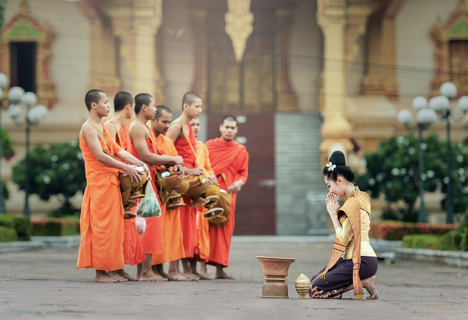 thailand culture and buddhism